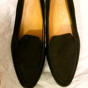 Tod's pointed loafers